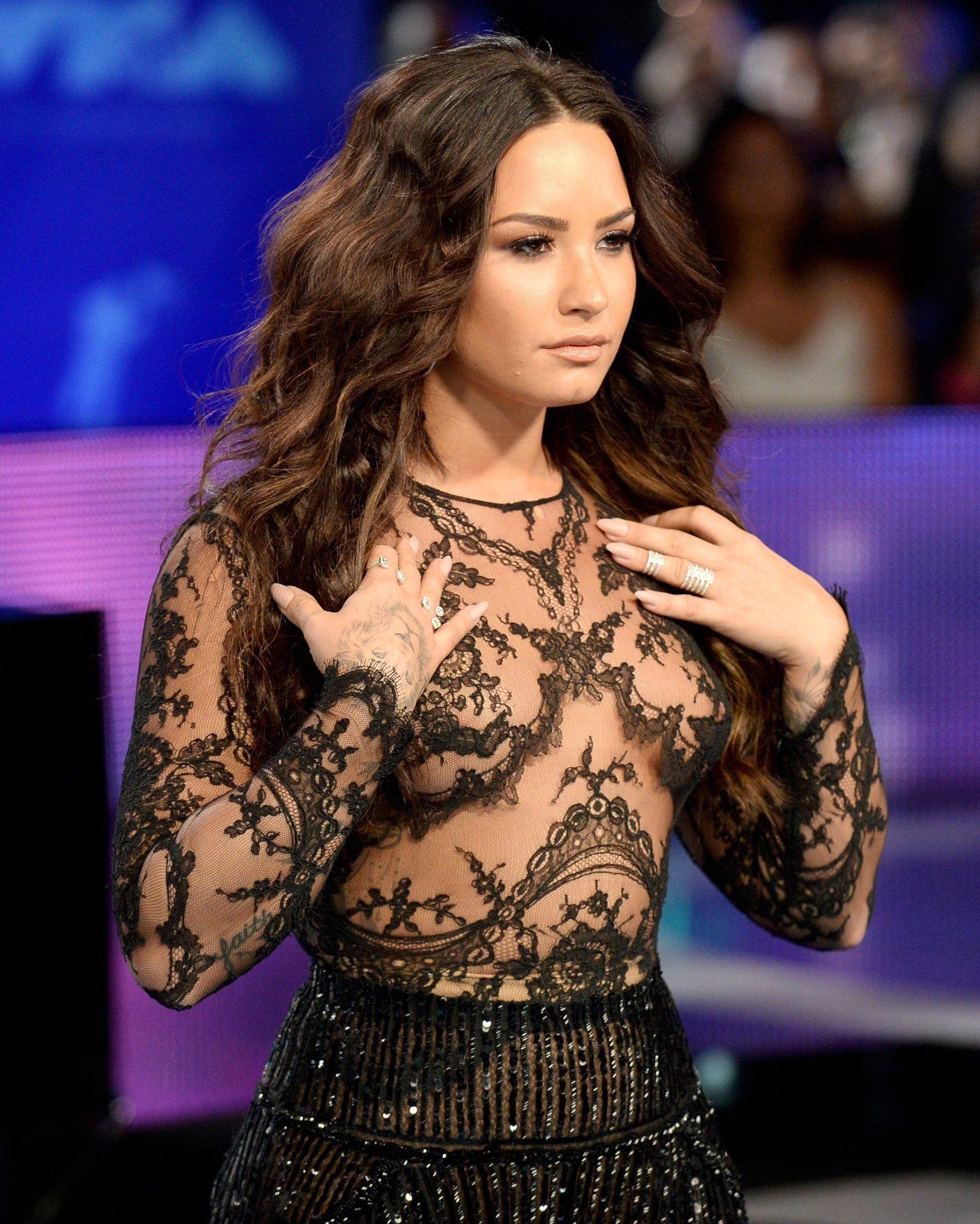 Demi Lovato leaked naked