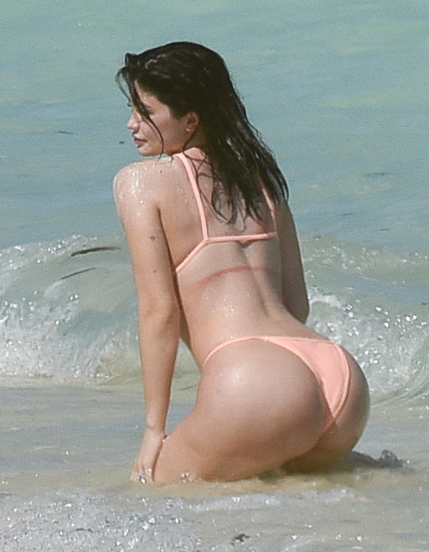 Kylie Jenner leaked naked
