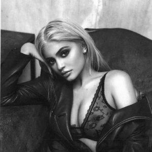 Kylie Jenner nice tits