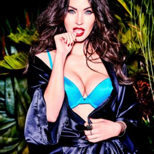 Megan Fox hot boobs