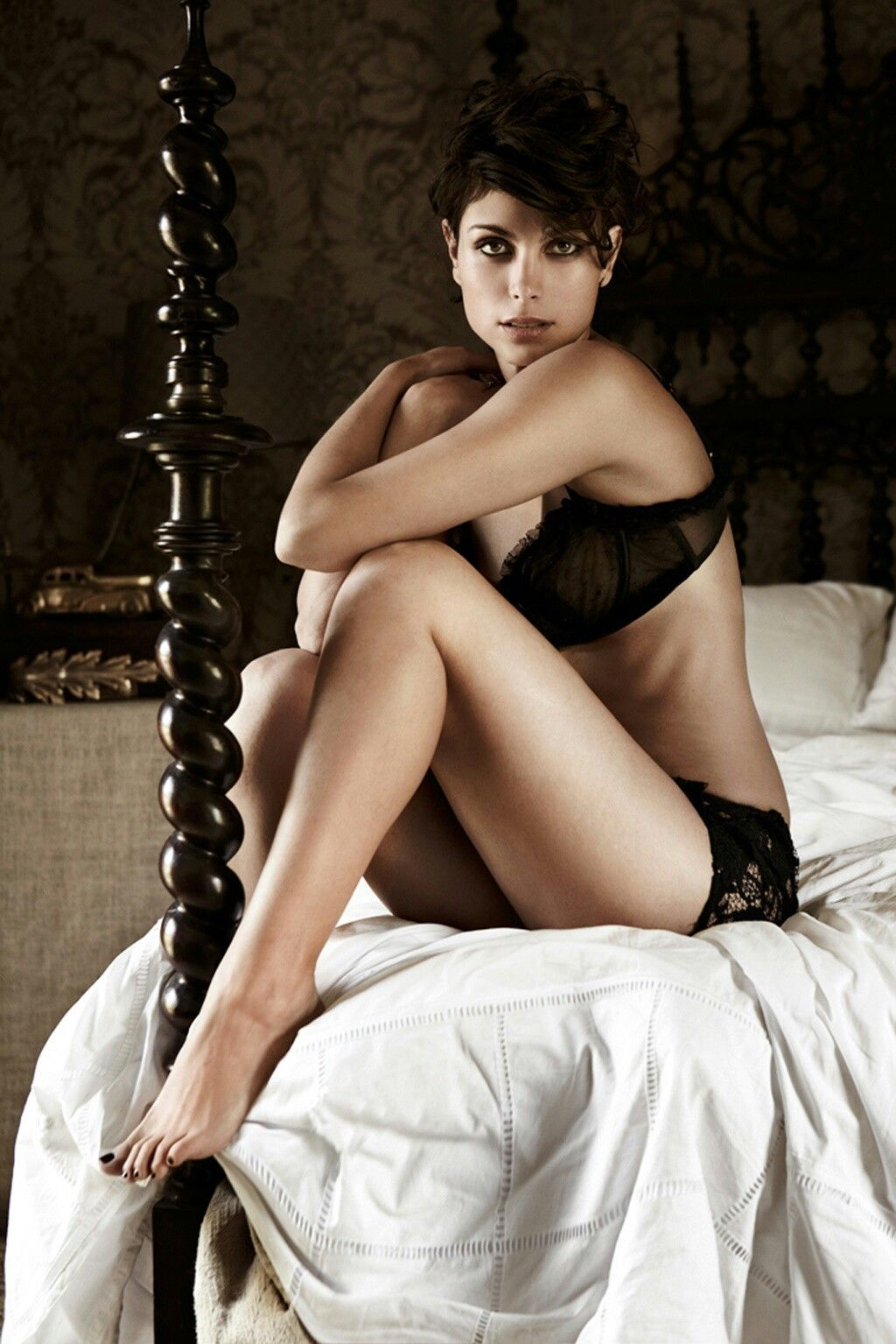 Morena Baccarin riding cock