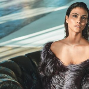 Morena Baccarin sexy leaks