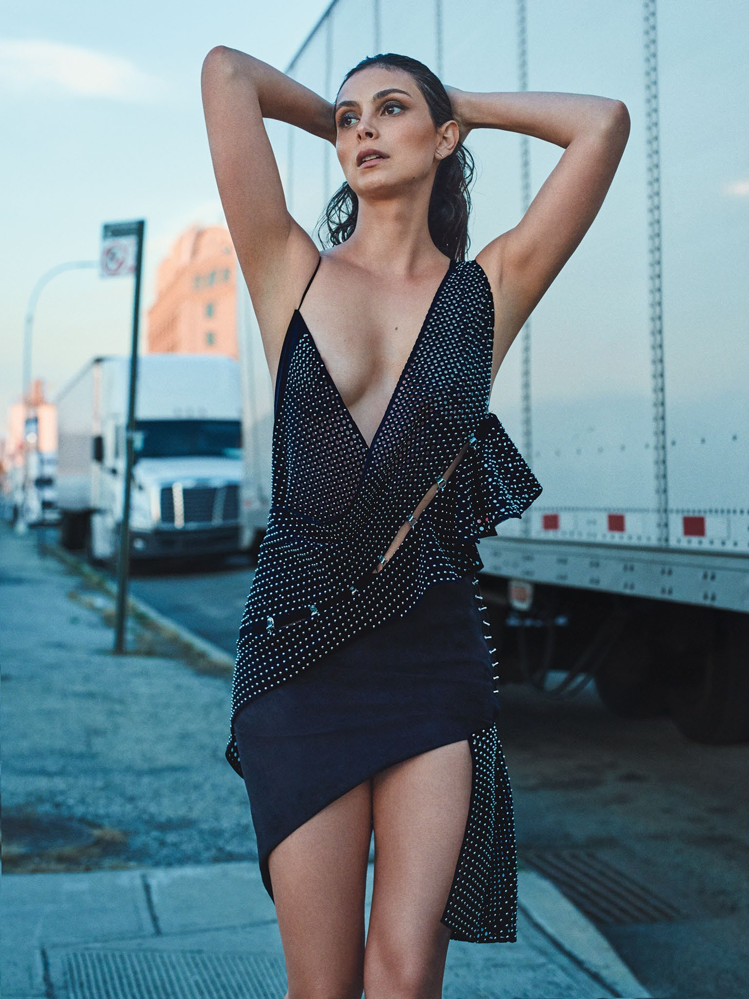 Morena Baccarin sexy naked