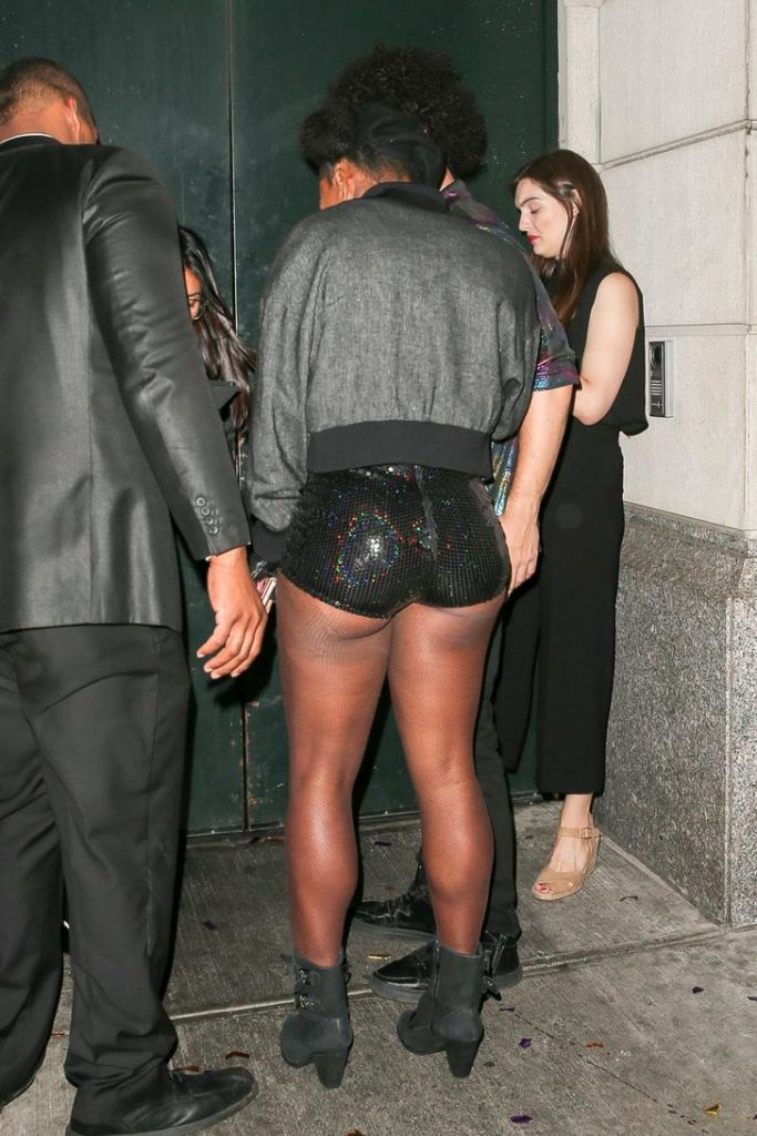 ass out for the club