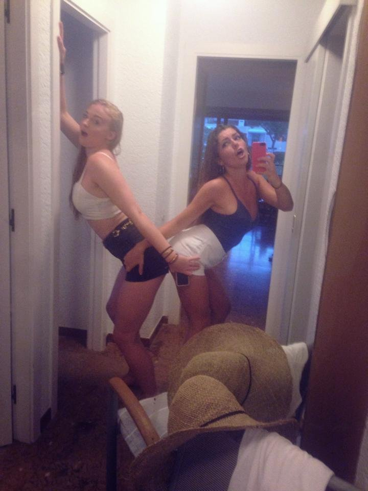 Nude leaked sophie turner Sophie Turner